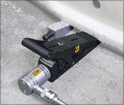 Equalizer's Vertical Lifting Wedge and Safety Block